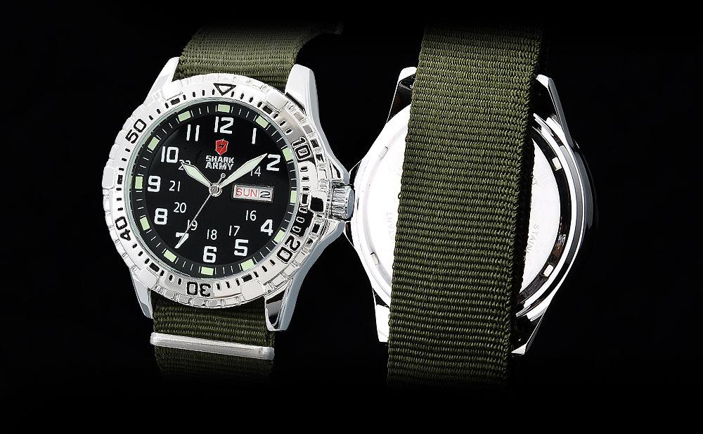 ฉลามกองทัพนาฬิกาผู้ชายยี่ห้อไนล่อนสี 13