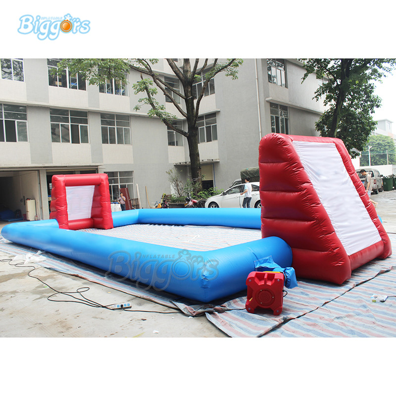 Inflatable football field (1)