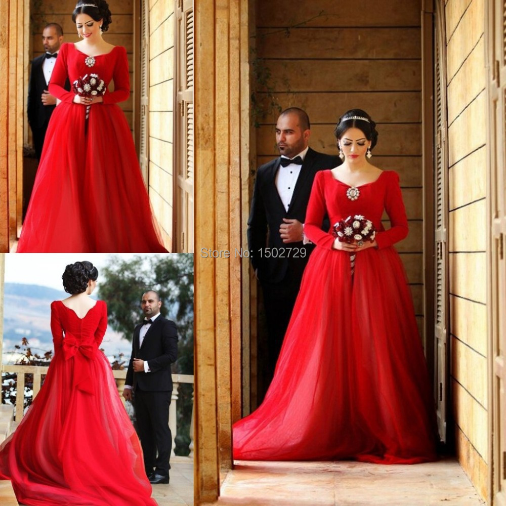 Gothic wedding shop - 2017 Romantic Red Long Sleeves Gothic Wedding Dresses Princess Bridal Gowns Cheap Scoop Neckline Bow Colored Vestido De Novia