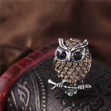 RONGQING 1pcs/lot Crystal Night Owl Pins Cute Animal Brooches for Children Birthday Gift Idea