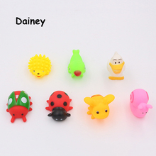 1PCS Bath Toys in the Bathroom Baby Toy for Children Water Spray Animals Soft Rubber Toys Bee Duck Giraffe for Boys Girls MYT05
