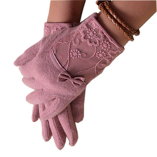 Women Lace Embroidered Wool Gloves New Winter Thick Ladies Bow-knot Ladies Gloves Grey And Pink Elegant Soft Mittens Gloves