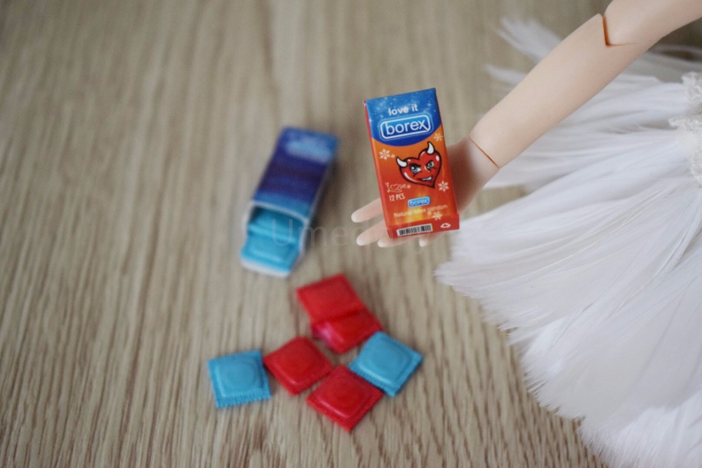 2Pcs 1//6 scale miniature dollhouse condom home decor blyth doll accessories EM/<e