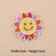 20 pcs/set 5*5CM Sun flower logo embroidered Iron On Patches For Clothes Garment Applique DIY Accessory