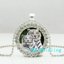 New White Tiger Necklace Couple Tigers Crystal Pendant Classic Animal Photo Jewelry Glass Dome Necklaces Ball Chain Silver