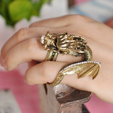 Rock Flying Dragon Ring Jewelry Vintage Western Mythology Punk Rings for Women 1D1006