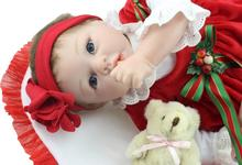 The new born baby Christmas holiday gift simulation high-grade silicone doll toy gift popular in Europe and the United States