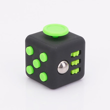Novelty Desk Toy Fidget Hand Toy Relieves Anxiety and Stress Juguete Squeeze Fun Fidget Desk Spin Toys Useless Box
