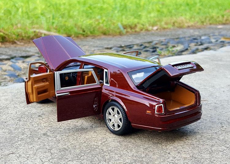 124 XLG Rolls-Royce Phantom (3)