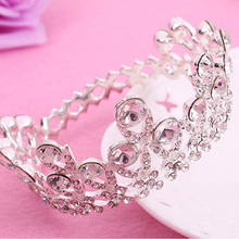 2017 Cute Small Bridal Wedding Tiara Crystal Mini Princess Pageant Crown Round Silver Girls Diadem Corona Flower Baby Jewelry(China)