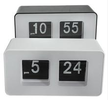 High Quality New Design Simple Modern Unique Retro Concise Simple Cube Nice Desk Wall Auto Flip Clock Wholeslae Price
