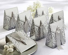 Free Shipping 100pcs Silver Wedding Favor Boxes Wedding Candy Box Casamento Wedding Favors And Gifts Event & Party Supplies(China)