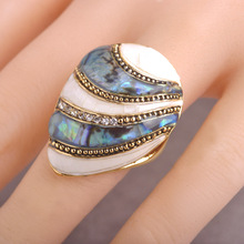Enamel Esmalte Abalone Shell Rings Gold Color Crystal Finger Ring Bague Aneis Big Oval Shaped Sea Shell Rings For Wedding Women