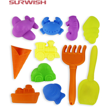 Surwish 12Pcs Children Kids Beach Play Toy Novelty Sand Mold Shovel Beach Toy - Color Random