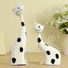 Modern fashion ornament crafts wedding gift decoration home decor wood lovers cat figure figurine wooden statue(China)