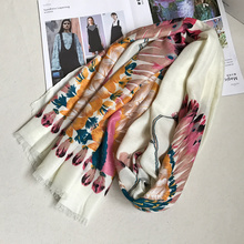 India Feather Pattern Women Scarf Bright Wraps Femme Unique Shawls Wraps Hot Foulard High Quality Brand New