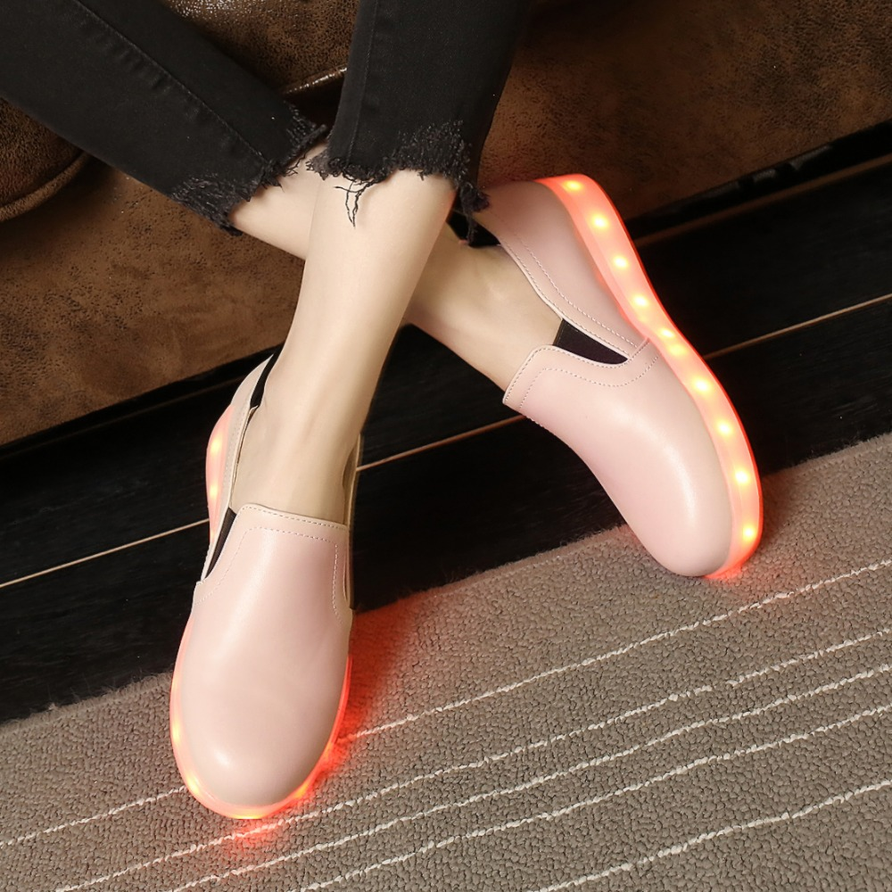Led Shoes Plus Size Women Light Shoes,Pu Leather Flats,Fashion Dance Led USB Shoes Female Outdoor Travel Cheap Casual Shoes<br><br>Aliexpress