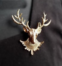 Min Order 10 USD (Mix Item)SPX3507 Promotion Fashion Christmas Deer Brooches Pins Fashion Items Jewelry(China)