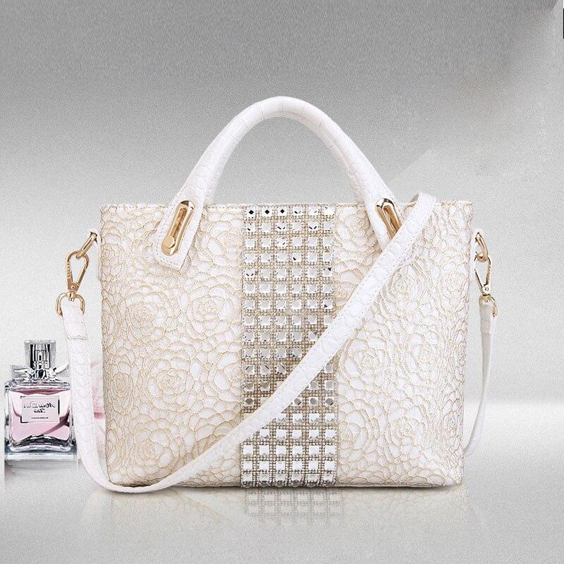 2018 Women Flower Messenger Bags Large Size Female Casual Lace Tote Bag Solid Leather Handbag Shoulder Bag Famous Brand<br>