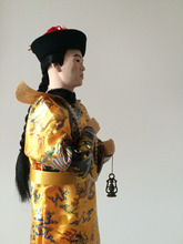 Oriental Broider Doll 33cm Chinese Emperor dolls On Square Wooden Base great shape dress dragon robe with copper Lantern in hand