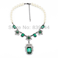 Trendy Accessories for Women Geometric Charm Green Necklace Fashion Simulated Pearl Necklace