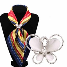 1PC Butterfly Women's Rhinestone Tricyclic Scarves Gift Brooches Hot Charming Gold Color Nice Scraf Buckle(China)