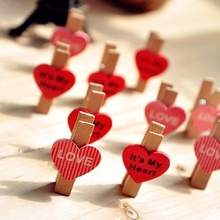 Hot 10 PCS/Lot Mini Love Heart Wooden Memo Clips for Kids Photo and Food Bag Sealing Clips Practical Useful Cute Clips