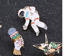 New enamel polar bear balloon brooch pin badge pin jeans clothes  jewelry accessories wholesale