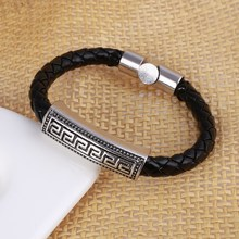2016 New Fashion Style Latest Popular Leather Bracelet Men women Black Retro Punk Charm Bracelet Christmas Gift
