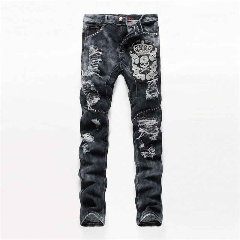 #1919 Embroidered Skulls Grey Straight Slim fit Ripped jeans for men Fashion Punk Rivet jeans homme Skinny Mens biker jeansÎäåæäà è àêñåññóàðû<br><br>