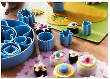 1Set Nordic Style Food Grade Plastic 13 Kinds Shape cookie mold suit stereo cake mold cartoon model baking tools 020174
