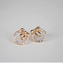 free shipping 2017 Korean fashion chic compact flash water Crystal bow cute earrings small jewelry wholesale Fashion Earrings(China)