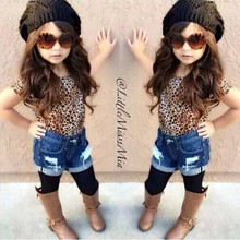 Hot Sale 2017 new summer girls girl fashion in Europe and America leopard short-sleeved T-shirt + jeans 2pcs Clothing Sets