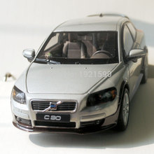 WELLY 1/24 Scale Car Model Toys Sweden Volvo C30 Diecast Metal Car Model Toy New In Box For Gift/Kids/Collection