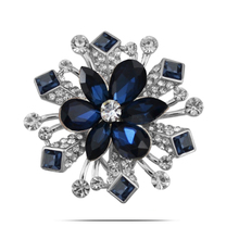 B431 Korea Crystal Flower Brooches For Women Gold And Silver Color Jewellery Rhinestone Pins And Brooches Luxury Collar Pin