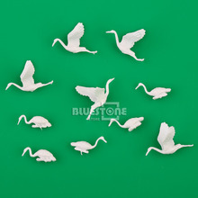 10pcs White plastic Birds Small figure Toy Red-crowned Crane 1:75 OO Scale Decor(China)