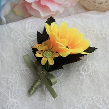 Hot Sale 4Pcs/Lot Groom Groomsman Flowers Sunflower Corsage Party Wedding Boutonniere Silk Flowers Brooch Pin