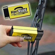 New Wiper cleaning brush Car Van Wiper Wizard Windshield Wiper Blade Restorer Cleaner