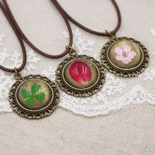 New 7 color lace Real Dried Flowers Necklace Women Girls Vintage Handmade Epoxy Pressed Flower Jewellery(China)