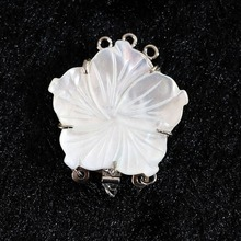 Natural White shell pearl flower jewelry 28x28mm 3 rows pendant wholesale/retail for women diy nacklace clasp B845(China)