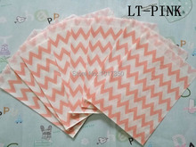Light pink chevron Kraft Paper Bags Gift Favor Treat Bag cake goodie candy bags Valentine wedding Christmas party supplies 50pcs(China)