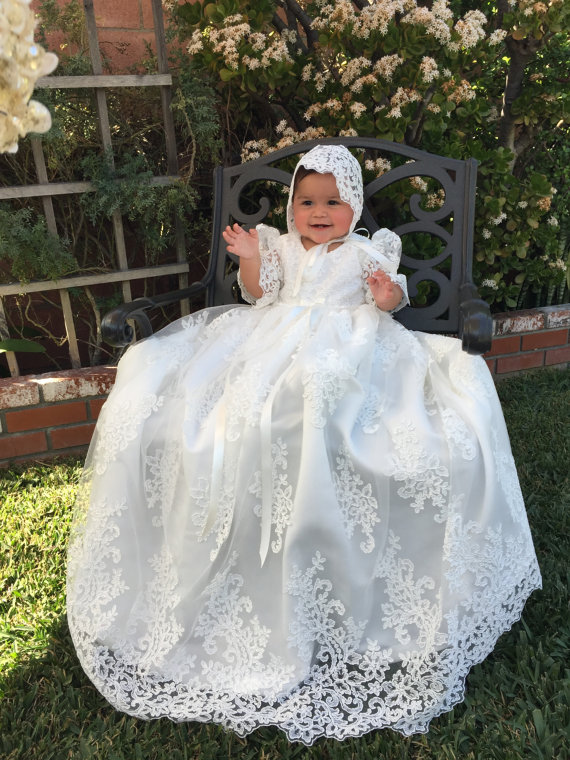 White//Ivory Vintage Christening Dress Baptism Gowns Lace Baby In Stock+Bowknot