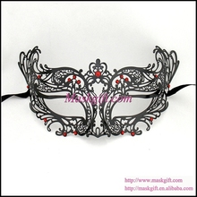 Free Shipping MA003-RBK High Quality Venetian Mask (48 pcs/lot) 100% Venetian Masquerade Mask With Red Crystals Metal Mask(China)