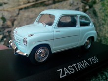 Box gift model,High simulation 1:43 alloy Former Soviet Union series ZASTAVA 750 red flag car Fiat,free shipping