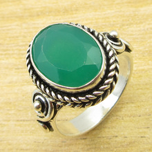 Green Onyx Real Stone !  Silver Plated UNUSUAL Ring Size US 8.5 ONLINE STORE