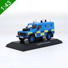 1:43 Land Rover Defender Police Version SUV Alloy Car Model original metal diecast collection Luxury JEEP For Kids Toy Gifts