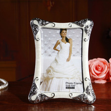 New Arrival 1pcs Retro Photo Frame Home Decoration Beautiful Classic Resin Photo Frame Wedding Picture Frame