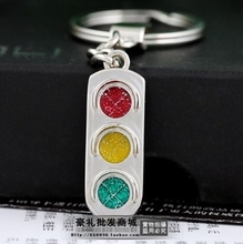 Quality red and green lights keychain car key chain traffic signal lamp male women's key ring logo