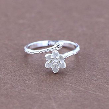 1Pcs Free Shipping 925 Sterling Silver Bud Rings Lotus Flower Rings Fashion Women Wedding Party Birthday Jewelry Finger Ring