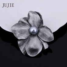 JUJIE Fashion Flower Brooches For Women Vintage Female Pearl Irregular Pins Brooch Voor Vrouwen Plant Jewelry Dropshipping(China)